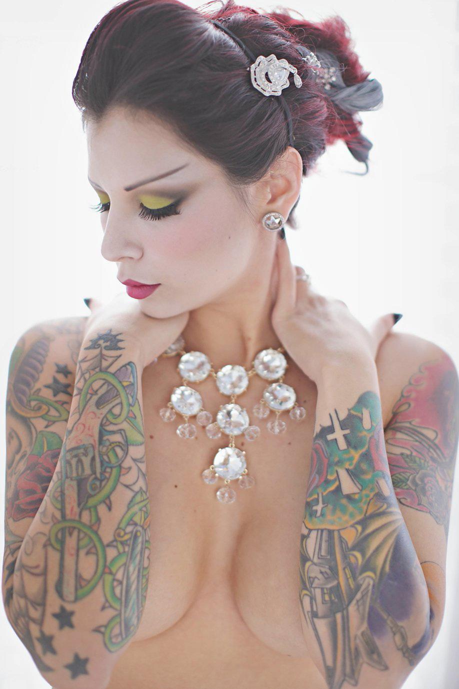 Veronica Gomez Nude Photos 22